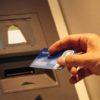 Vandal znehodnotil bankomat v Kladně